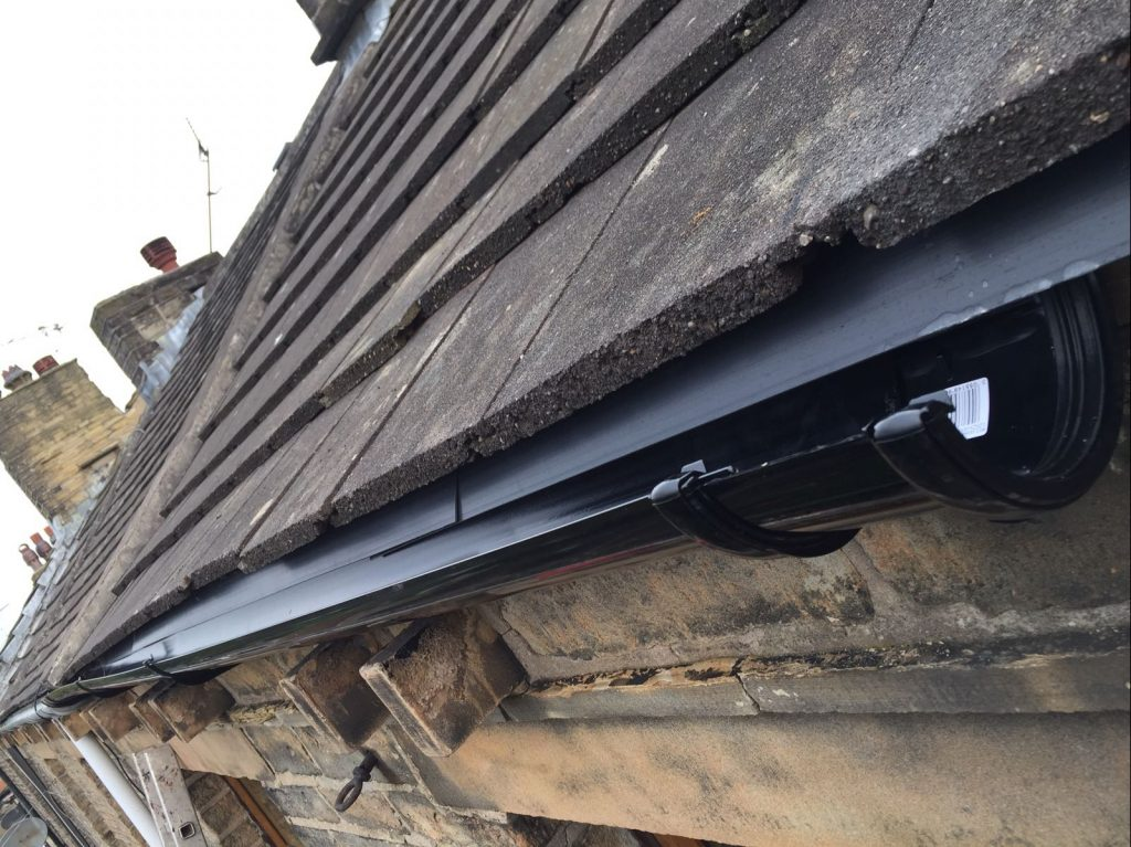 Roof Gutter Trays Amp Installation Of Fascia Trays